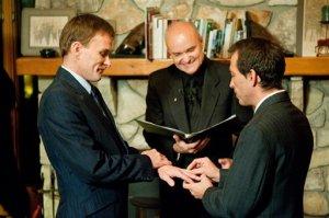 Bill Slimback e Bob Sullivan vieram de uma cidade do estado de Nova Iorque para se casar no mesmo dia em que aprovaram a união em Vermont