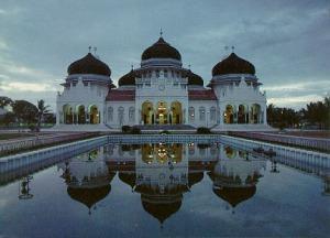 Mesquita de Baiturrahman, em Banda, capital da província de Aceh